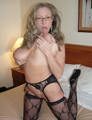 Big Tits Glasses Porn Pictures