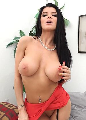Big Tit Brunette Porn Pictures