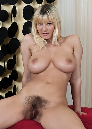 Big Tits Hairy Pussy Porn Pictures